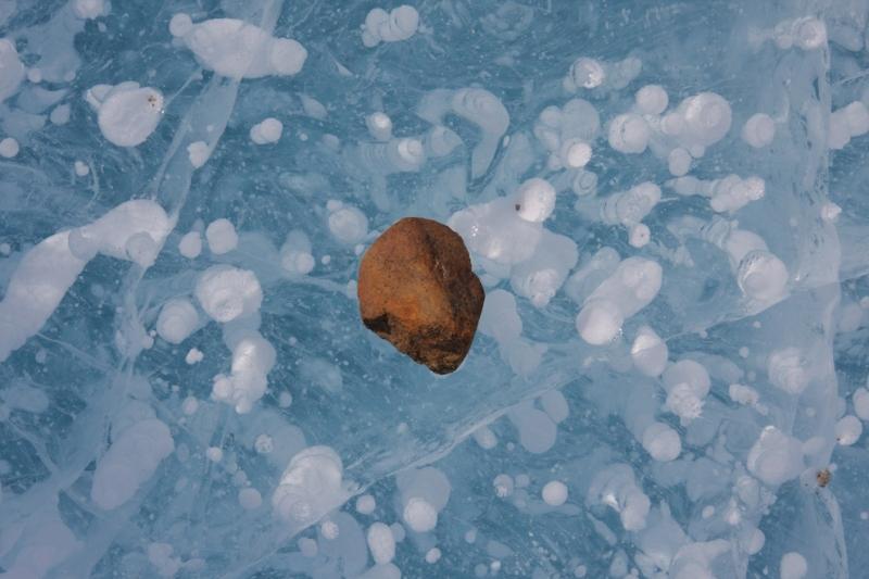 © Robyn Mundy IMG_3919 late September-pebble on lake ice_Mawson Station web