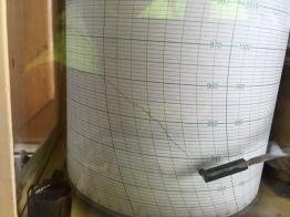 IMG_6409 barometer plummeting
