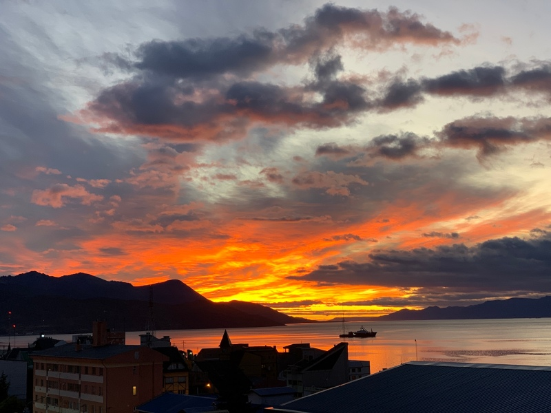 IMG_8918 Ushuaia sunrise 15 march small