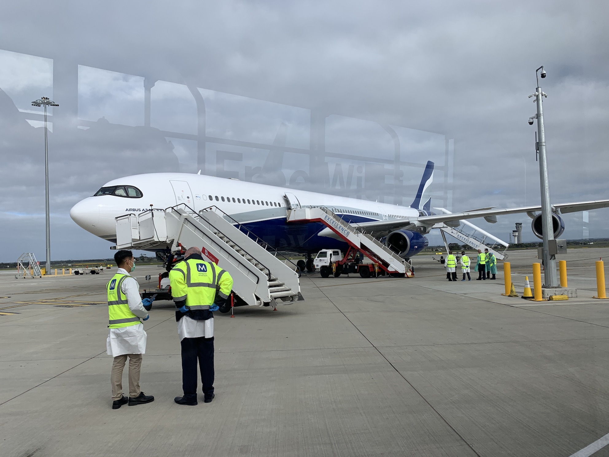 IMG_9746 Airbus on tarmac at Tullamarine small